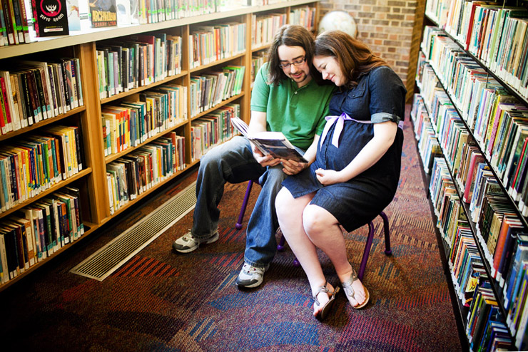 library maternity session