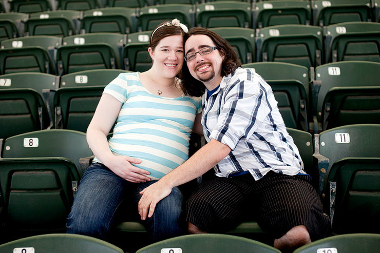 world\'s fair park maternity photos