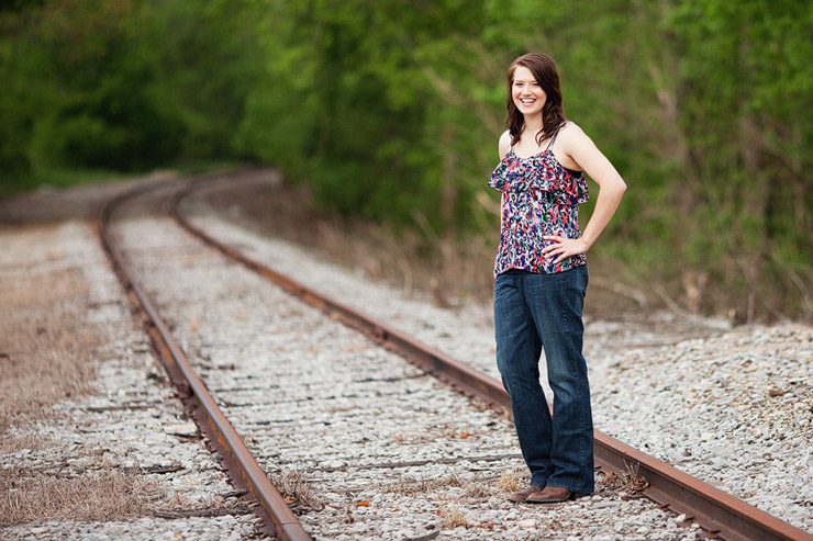 unique senior photos in knoxville