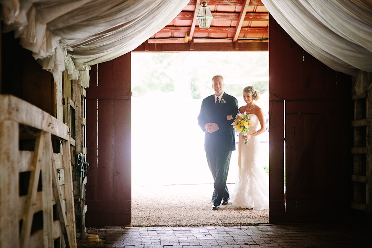 johnson city barn wedding
