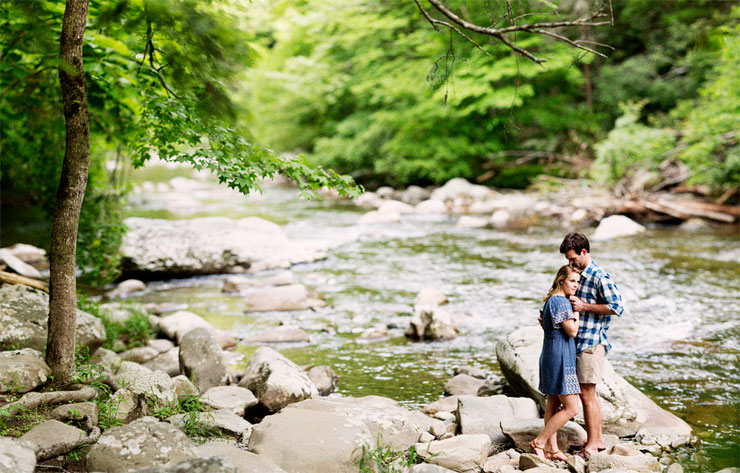 creek engagement photos