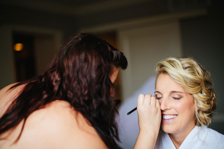 bride getting ready at the Oliver Hotel