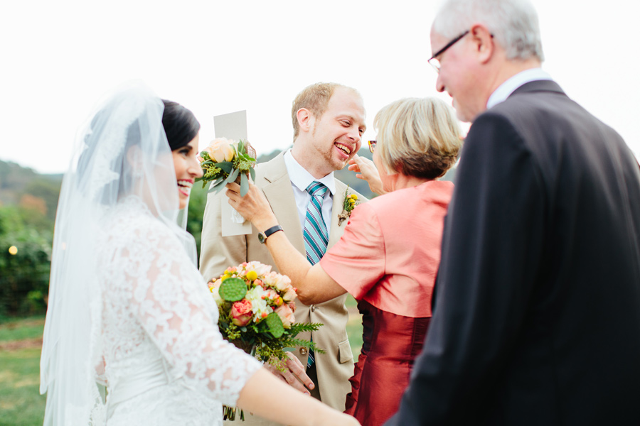 candid chattanooga wedding photos