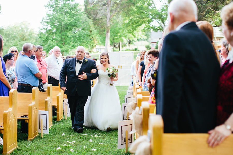 knoxville backyard wedding ceremony